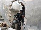 Bojovníci Syrské osvobozenecké armády v Aleppu. (22. října 2013)