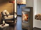 Čisté linie a elegantní zakulacený tvar – taková jsou luxusní krbová kamna Toba, designová dominanta každého interiéru. Mají externí přívod vzduchu a terciální systém spalování, který zvyšuje účinnost kamen a snižuje spotřebu paliva.