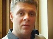 Novinář Jake Bowers