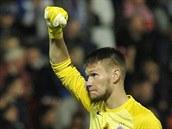 Sparťanský brankář Tomáš Vaclík se raduje z gólu svého týmu.