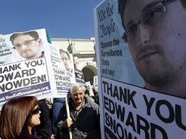 Demonstrace proti masovému sledovacímu programu NSA ve Washingtonu (26. října