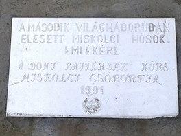 Pomn�k padl�m z ma�arsk� Druh� arm�dy v Miskolci.