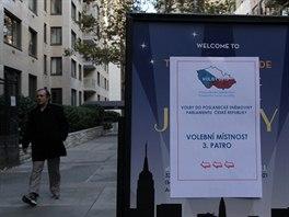 Volby do Poslanecké sněmovny na českém konzulátu v New Yorku.
