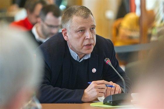 Ředitel zpravodajství ČT Zdeněk Šámal (6. listopadu 2013)