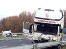 Policisté museli u Kolína řešit krátce po sobě dvě nehody v úseku asi 150...