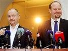 Michal Ha�ek a Jeron�m Tejc na tiskov� konferenci v Poslaneck� sn�movn� (8.