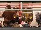 V seznamovacích vagonech se cestující chovali úplně stejně jako obvykle, mnohdy...