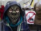 Demonstrujícím vadí hlavně muslimové a další přistěhovalci z východu
