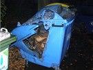 Žhář zapálil v Šumperku v neděli nad ránem ohně pod třemi auty, ve vlaku i u