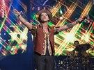 Bruno Mars na Moonshine Jungle Tour během vystoupení v losangelském Staples...