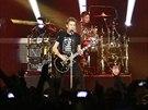 Nickelback na koncertě 7. listopadu 2013 v pražské O2 aréně