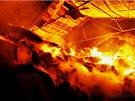 Požár haly s uskladněnou slámou v Brodku u Prostějova (5. 11. 2013)