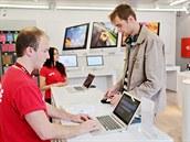 Jako jeden z prvních v Evropě se stal majitelem nového iPadu student jedné...