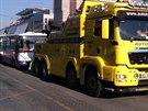 P��prava odtahu nepoj�zdn�ho autobusu ze Sm�chovsk�ho n�dra��
