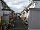Do�asn� obytn� komplex Izumitamatsuju, kde �ij� p�ev�n� lid� evakuovan� z...