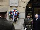 Premiér Jiří Rusnok se zúčastnil 17. listopadu u Hlávkovy koleje v Praze pietní...