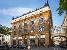 Živnobanka - Hlavní průčelí budovy vedlo do ulice Na Příkopě a jeho výzdoby se...