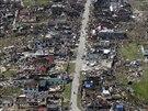 Pohled na tajfunem zni�en� m�sto Samar v centr�ln� ��sti Filip�n