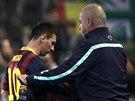 DO TEPLÍČKA. Lionel Messi z Barcelony střídá v utkání s Betisem Sevilla.