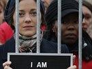 Marion Cotillardová podpořila aktivisty Greenpeace (15. listopadu 2013)