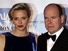 Monacký kníže Albert II. a jeho manželka Charlene (15. listopadu 2013)