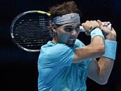 NAPLNO. Sv�tov� jedni�ka Rafael Nadal d�val do sv�ch �der� ve�kerou energii.