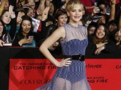 Jennifer Lawrence p�i�la na premi�ru v pr�svitn�ch �atech.