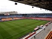 LETN�. Celkov� pohled na fotbalov� stadion na Letn�. Fotografie je po��zena z...