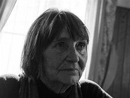 Dana Němcová na portrétech vytvořených při příležitosti udělení ceny Paměti...
