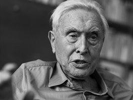 Felix Kolmer na portrétech vytvořených při příležitosti udělení ceny Paměti...
