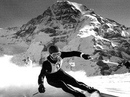 Karl Schranz - rakouská lyžařská legenda 60. let - během Světového poháru v...