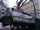 Fabia havarovala v kolínské Ovčárecké ulici blízko místní základní školy...