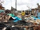 Filipínské ulice se proměnily v hromadu trosek.