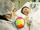 Životní funkce Lenky Pavelkové jsou závislé na řízeném plicním ventilátoru....