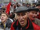Desetitis�ce lid� se z��astnily ned�ln� demonstrace v Kyjev�. Organiz�to�i