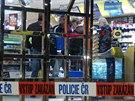Ve vestibulu pražského hlavního nádraží polonahý mladík napadl a zranil...