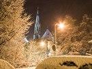 V noci z pondělí na úterý 26. listopadu sníh pokryl centrum Olomouce. Na snímku