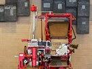 Ve vchodu do s�dla den�ku The Washington Post je historick� tiska�sk� stroj a...