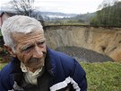 Obyvatelům bosenské vesnice Sanica zmizel před očima celý jejich rybník.