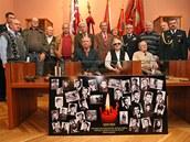 Účastníci setkání, během něhož se v Ostravě vzpomínalo na tragédii v polských...