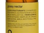 Směsice esenciálních olejů v olejíčku Glossy Nectar zajistí vlasům intenzivní...