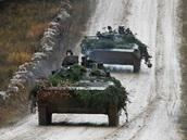 Obrněná vozidla české armády během cvičení Sabre Junction II v německém