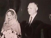 Svatební fotka Juliány a Miroslava Lápkových, rok 1961.