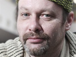 Petr Bl�ha, jeden z bezdomovc�, kter� bude v televizi moderovat po�as�.