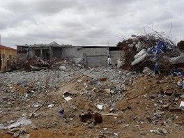 Ruiny jedné z mešit na předměstí angolské metropole Luandy, kterou podle...
