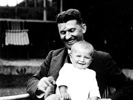 Tomáš Baťa junior se svým otcem.