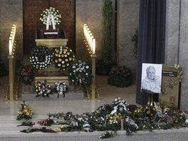 Zp�v�k Pavel Bobek zem�el minul� t�den ve v�ku 76 let