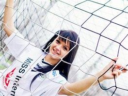 Fanynka Radka Ondráčková vyhrála titul Miss Internet FC Hradec Králové.