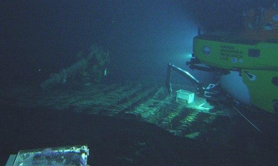 Vrak japonsk� ponorky I-400 u b�eh� Havaje
