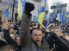 Ukrajinci protestují proti své vládě a za integraci země do Evropské unie (3....